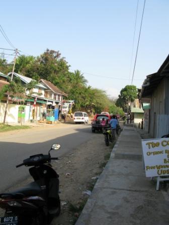 Labuan Bajo (rue principale)