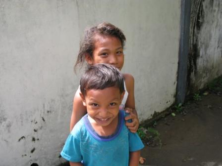 Sourires d'enfants - Ruang Island (Sulawesie)