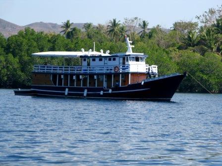 le Paisubatu II, le bateau de Wallacea